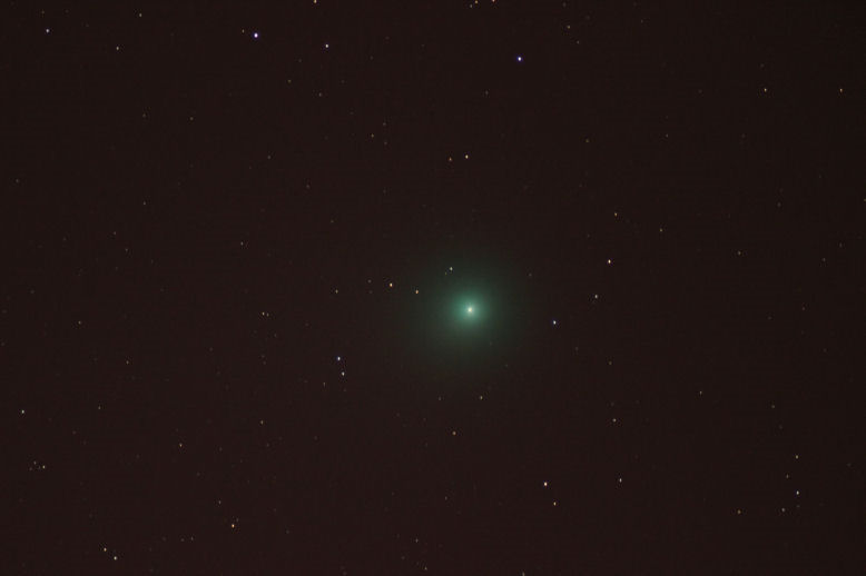 Comet Lovejoy By Andy Heenan.  17th January, 1919 UT.  30 seconds tracked through telescope. f/0  ISO-1600