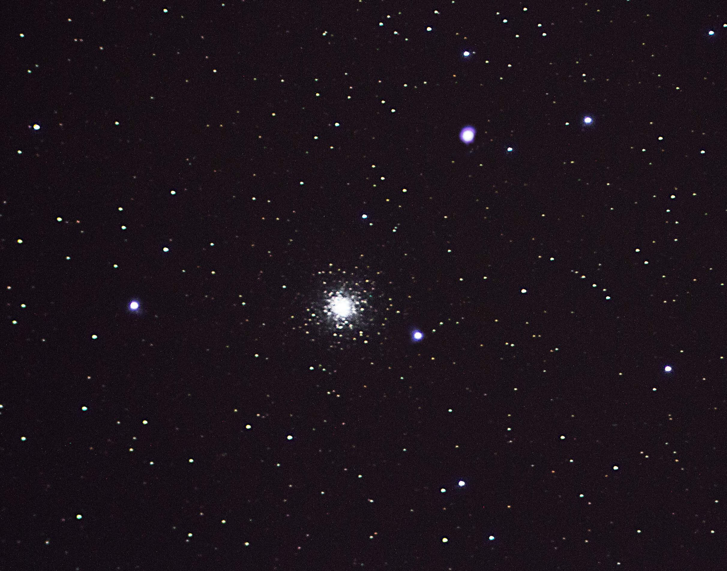 Messier 15 (M15) - The Great Pegasus Cluster By Ken Kennedy. 22.11.16  19:55UT. Canon EOS 100D. 121 seconds  ISO-400