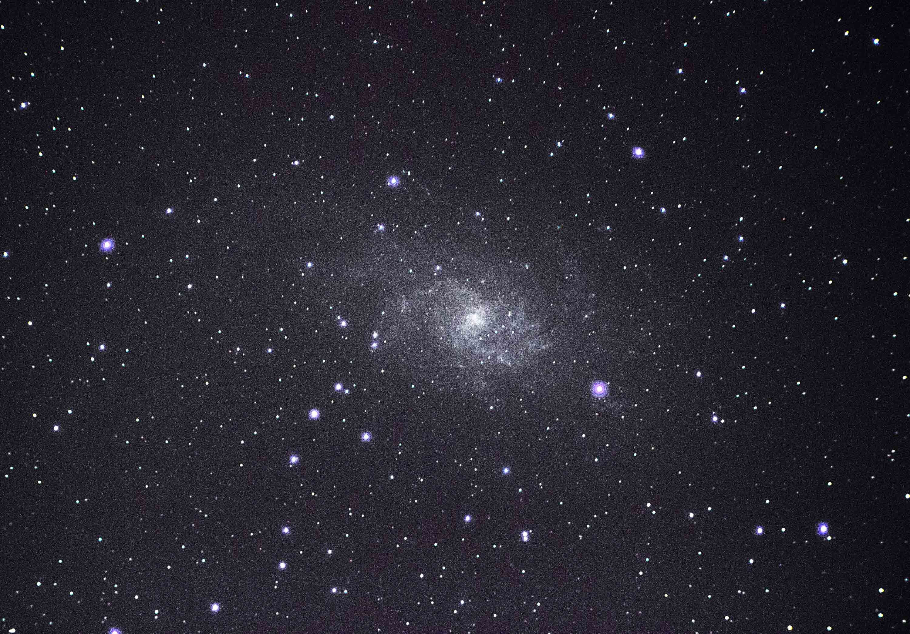 Messier 33 (M33) - The Triangulum Galaxy By Ken Kennedy. 22/11/16  19:42UT. Canon EOS 100D. 125 seconds  ISO-1600